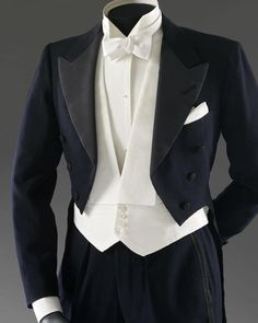 Anderson & Sheppard's tailcoat worn by Fred Astaire in the 1937 film 'Shall We Dance'. The tailcoat is on display in the Theatre & Performance Galleries of the V&A