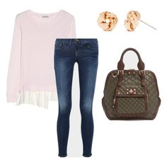 On a casual day, you can still look put together with a sophisticated quilted bag and simple jewelry.