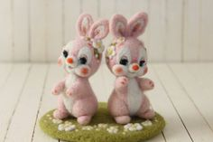 仲良し花うさぎ | Needle felted bunnies