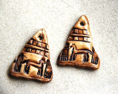 A pair of ancient egyptian horse tribal petroglyph triangle shaped eearring or pendant components