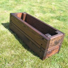 Wooden rectangular planters : How to Build Rectangular Planters – Home Decor by K Rectangular Planters, Patio Planters, Wooden Planters, Planter Boxes, Outdoor Plants, Outdoor Gardens, Outdoor Decor, Outdoor Living, Rustic Patio