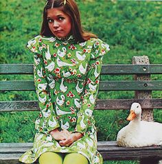 justseventeen:  February 1972. What's good for the goose is good for the gander in this fashion ad for popular knit label of the 1970s, Aileen.