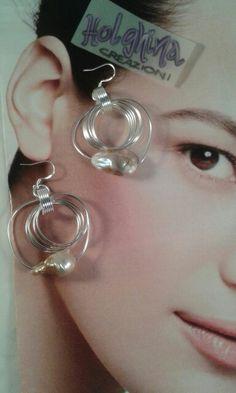 """Chi lo dice che le perle sono da """"grandi""""???? Ecco la versione Light ;) Disponibile su www.facebook.com/HolghinaCreazioni"""
