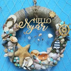 Termések - Create Yourself hobbyáruház termések virágkötészet Sea Crafts, Seashell Crafts, Diy And Crafts, Coastal Wreath, Nautical Wreath, Summer Diy, Summer Crafts, Bauble Wreath, Shell Wreath