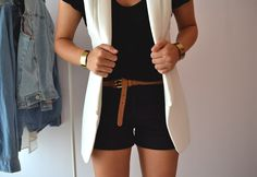outfit's detail