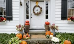 A gorgeous fall entry is a cinch: Our editor shows you his three no-fail tips.