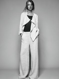 MAX&Co. SS 2016 Magazine - The Now Issue - Urban Nomad - Earthy hues, textured fabrics and elongated silhouettes inspired by the fashion muses from the '70s. Summer chic on the go!