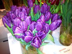 Laptop tulips :)   I <3 laptop tulip