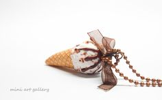 Vanilla ice-cream necklace / frozen scoop cone / frosting, strawberry biscuits / kawaii fimo necklace / miniature food jewelry. By Mini Art Gallery