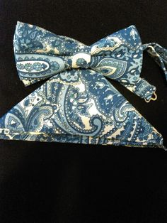 Blue and White Paisley Bow tie by RoyalDesigns15 on Etsy