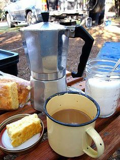 Coffee and a rusk I Am An African, Camping Breakfast, African Theme, Picnic Spot, Outdoor Cooking, Food Videos, South Africa, Dessert Recipes, Desserts