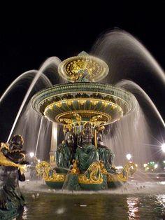 Paryż - fontanna na Placu Zgody / Fountain, Place de la Concorde, Paris