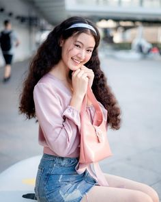 Thai Model, Girl Crushes, Actors & Actresses, Thailand, Bell Sleeve Top, Artists, Models, Hair Styles, Instagram