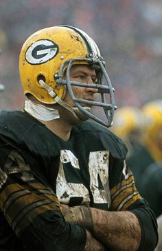 This has just got Bears-Packers smashmouth in the mud football written (or should I say wearing) all over it Green Bay Packers Merchandise, Green Bay Packers Fans, Nfl Green Bay, Nfl Football Players, Nfl Playoffs, Football Helmets, Football Season, Packers Gear, Packers Football