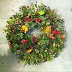 Zita Elze Christmas Wreath 2014 2w_wm