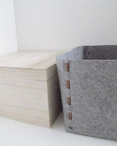 How to: Make a DIY No-Sew Felt Storage Box Use paper fastener! Craft Storage Box, Storage Bins, Cheap Storage, Storage Ideas, Diy Storage Basket, Easy Felt Crafts, Felt Diy, Diy Crafts, Felt Crafts Patterns
