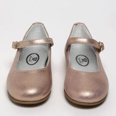 This strap shoe with a buckle is super easy to fit and incredibly pretty and most perfect for parties, Christmas and weddings in a variety of versatile metallics and cream leather. Lining beautiful in silver. Winter Shoes, Summer Shoes, Girls Wedding Shoes, Metallic Shoes, Pink Shoes, Kid Styles, Party Shoes, Velcro Straps, Dusty Pink