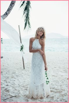 Buy & sell new, sample and used wedding dresses + bridal party gowns. Your dream wedding dress is here - at a truly amazing price! Bohemian Wedding Dresses, Bridal Dresses, Prom Dresses, Boho Gown, Bohemian Bride, Bohemian Style, Backyard Wedding Dresses, Famous Wedding Dresses, Outdoor Wedding Dress
