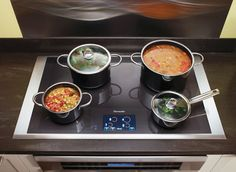Thermador induction cooktop--High end appliances that are worth ever penny White Kitchen Appliances, Kitchen Stove, Kitchen Dining, Appliance Reviews, Outdoor Cooking Area, Induction Cookware, Induction Stove, Appliance Repair, Outdoor Kitchen Design