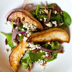 a delicious caramelized pear & blue cheese salad {elegant yet easy}