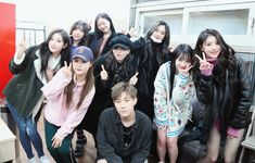 Sunggyu with Lovelyz