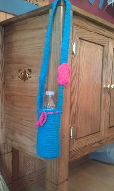 Crochet Water Bottle Holder. $8.00, via Etsy. Water Bottle Holders, Cup Holders, Bottles And Jars, Water Bottles, Bottle Bag, Cozies, Crochet Necklace, Crafting, Craft Ideas