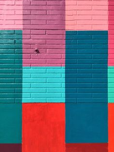 Things to Do in Miami: Wynwood Walls - Paper and Stitch - http://centophobe.com/things-to-do-in-miami-wynwood-walls-paper-and-stitch/ -