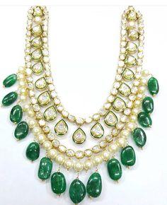 Polki Pakistani Jewelry, Indian Jewelry, Pearl Jewelry, Antique Jewelry, Polki Sets, Gold N, Churidar, Big Necklaces, Desi