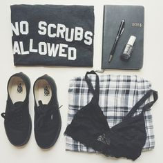 No Scrubs flowy tees are finally back in stock! Because we don't want no scrubs! Get free shipping on all US orders $50+ shopjawbre...