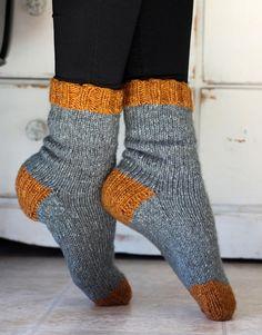 Knitting Pattern The Cottage Socks Beginner Tube Socks Etsy * strickanleitung die cottage socks anfänger tube socks etsy * modèle de tricot the cottage socks chaussettes pour débutants tube etsy Knitted Socks Free Pattern, Knitting Socks, Free Knitting, Crochet Patterns, Wool Socks, Start Knitting, Knitting Machine, Sweaters Knitted, Knitting Blankets
