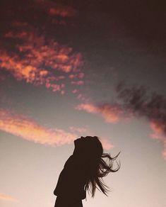 Sieh dir dieses -Foto von Bryan Chandler an - # Girl Photography Poses, Tumblr Photography, Creative Photography, Backlight Photography, Photography Shop, Photography Composition, Photography Aesthetic, Mountain Photography, Sunset Photography