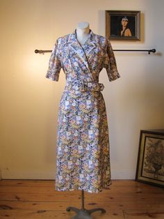 1940s Style Vintage Belted Floral Print Dress // 40s Style Cotton Day Dress by ChattTownVintage on Etsy