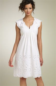 would look perfect with cheery pastel flats (see Cole Haan sherbet flats pin) Eyelet Dress, Blouse Dress, Dress Skirt, Dress Up, Simple Dresses, Pretty Dresses, Casual Dresses, Grad Dresses, Summer Dresses