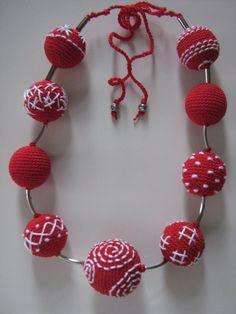 Crochet jewelry  Monami van Suzann61 op Etsy