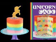 Torta arco iris con unicornio en dorado