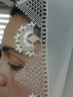 Mevlüt örtüsü Needle Lace, Bobbin Lace, Crochet Lace, Crochet Stitches, Teneriffe, Lace Making, Groom Dress, Beautiful Crochet, Tatting
