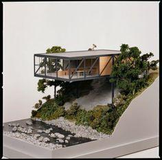 Goulding Summerhouse. Scott Tallon Walker Architects. Vila Enniskerry Condado de Wicklow Irlanda. 1971 - 1973 (restaurado 2002). #architects #architects #model