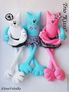 """Игрушки животные, ручной работы. Ярмарка Мастеров - ручная работа. Купить Коты """"Trio Kisss"""". Handmade. Интерьерная игрушка"""