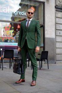 pantone-fashion-color-report-primavera-verao-2017-cores_kale_green2