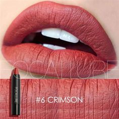 I like the grid and how the designer used part of the lip as a background. It shows the quality and the color. This is one of my favorite grids