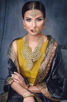 Indian Culture And Tradition, Middle Eastern Makeup, Bridal Makeover, Small Necklace, Indian Outfits, Indian Clothes, Jewellery Uk, Indian Designer Wear, Indian Ethnic