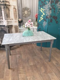 Unique Furniture, Shabby Chic Furniture, Marble, Dining Table, Home Decor, Decoration Home, Room Decor, Dinner Table, Granite