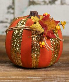 How to decorate your pumpkins for Fall!