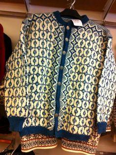 Knit Etnic Pattern, Clothing Patterns, Knitting Patterns, Vintage Clothing, Vintage Outfits, Knit Stranded, Norwegian Knitting, Fair Isle Knitting, Tapestry Weaving
