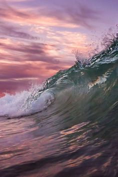 Sun of the sea Waves of the sea I am the water Make me the sea No Wave, Water Waves, Sea Waves, Sea And Ocean, Ocean Beach, Pink Ocean, Ocean Sunset, Beautiful Ocean, Beautiful World