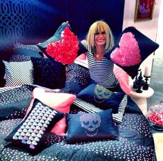 betsey johnson skull garden weekender - purses, designer handbags