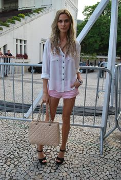 brunamuratori:    Renata Kuerten street style at Fashion Rio SS13