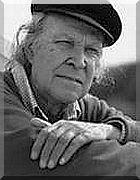 EUGÉNIO DE ANDRADE, poeta, escritor e tradutor. Nasceu em Póvoa de Atalaia (Fundão), Portugal, a 19 de Janeiro de 1923, e faleceu em Porto, Portugal, a 13 de Junho de 2005.