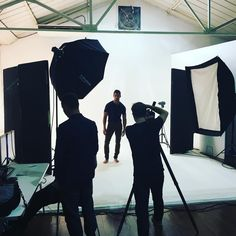 BTS at the latest @mensfitnessuk cover shoot with David Gandy. Inside the new issue - out now - the world's number one male model talks fashion, fitness, food and why he'll never take a selfie.  It's also a 6-in-1 one special bumper mag package, so take a look if you want to make 2016 your fittest, healthiest and happiest year ever.  #mensfitness #mensfitnessmag #fitforlife #newyear #davidgandy #gandy #leanin2017 #selectmodels #worxstudio #mensfashion #menshealth #getlean #abs #sixpack…