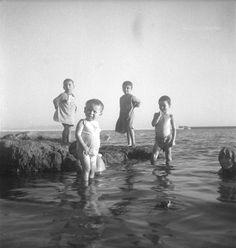 René Zuber et Roger Leenhardt - EN CRETE SANS LES DIEUX,1934. Crete, French Photographers, Kai, History, Couple Photos, Painting, Photography, Couple Shots, Historia